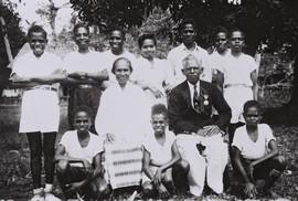 Ambonese guru Marlissa, Nieuw-Guinea (bron: MuMa)