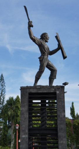 Een beeld van Pattimura in Ambon-stad, nov. 2010 (foto: JSS)