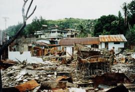 Batu Gantung, Ambon, 1999/2000 (bron: MuMa/coll. CJ. Heij)